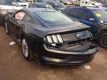 WRECKING 2017 FORD FM MUSTANG GT COUPE, 5.0L COYOTE
