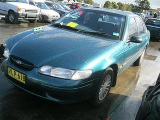 1998 Ford Falcon El Gli Sedan 4 0l Green Color Ea El